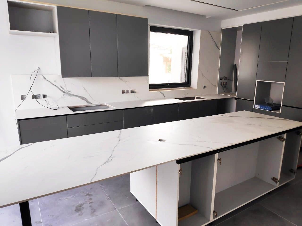 Bianco Venato mat porcelanato kitchen